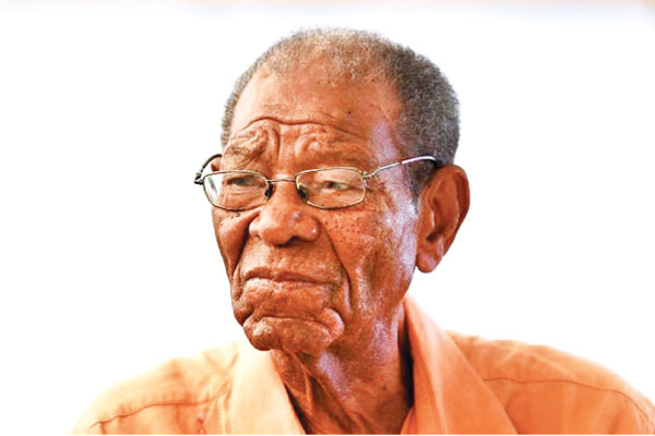 West Indies cricket legend Sir Everton Weekes dies aged 95