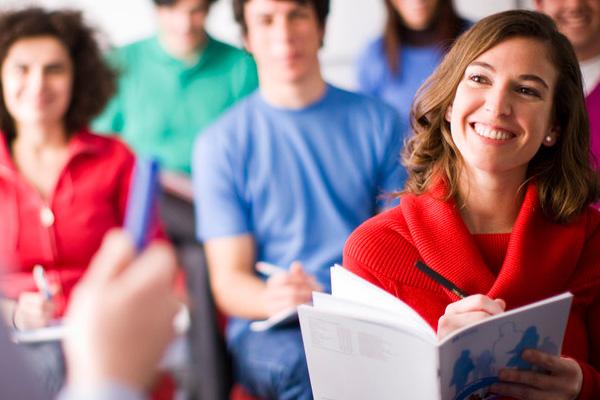 Online İngilizce Dersleri İngilizcenizi Geliştirmenize Nasıl Yardımcı Olur?